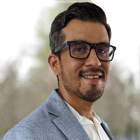 Cesar Dominquez Headshot
